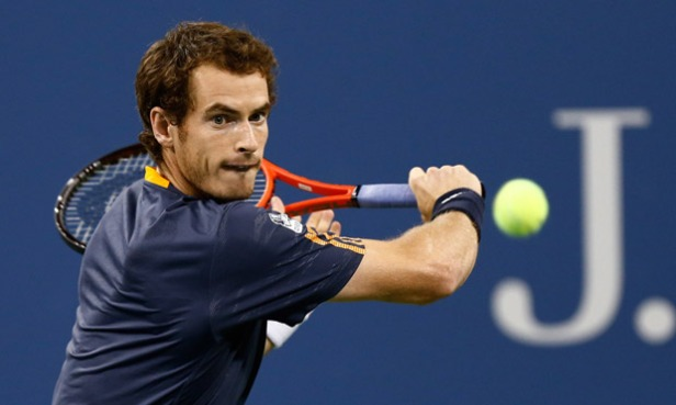 Andy Murray in action against Ivan Dodig